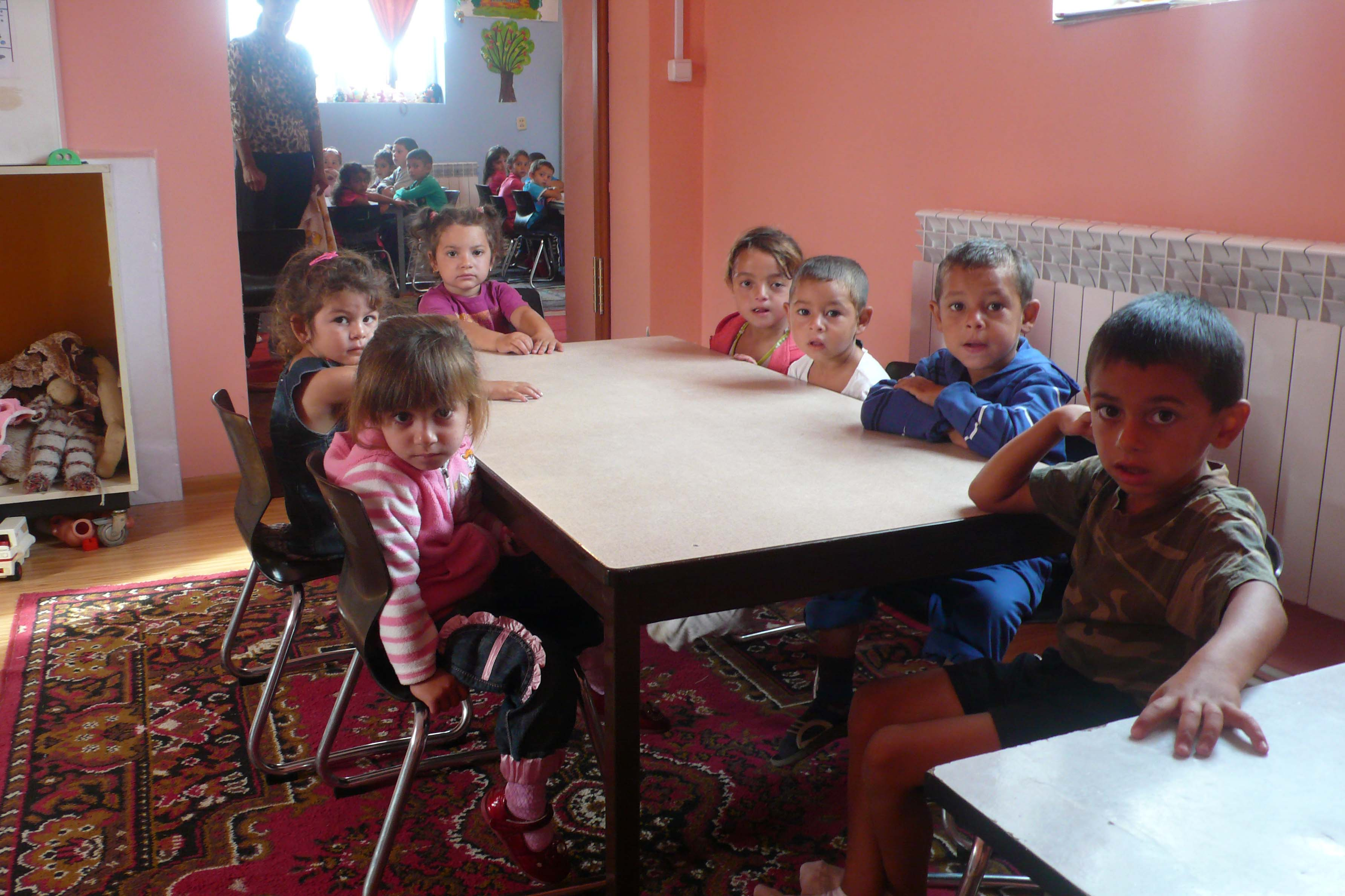 Kinder Garden: Visiting Roma School Children In Ukraine